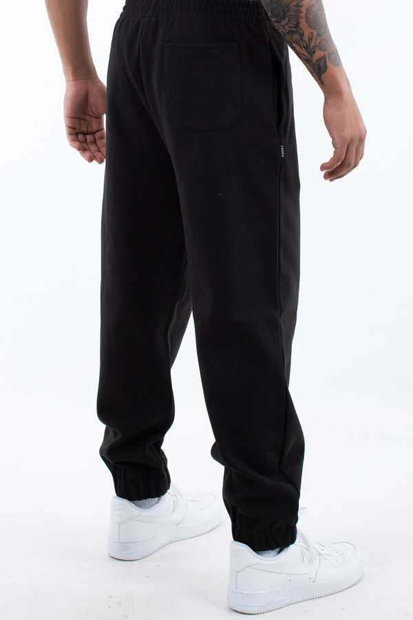 TRACTION TRACKPANT - BLACK