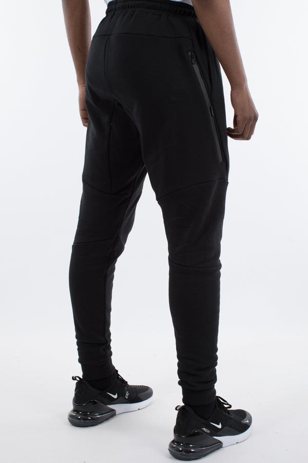 HOXTON TECH TRACKPANT - BLACK