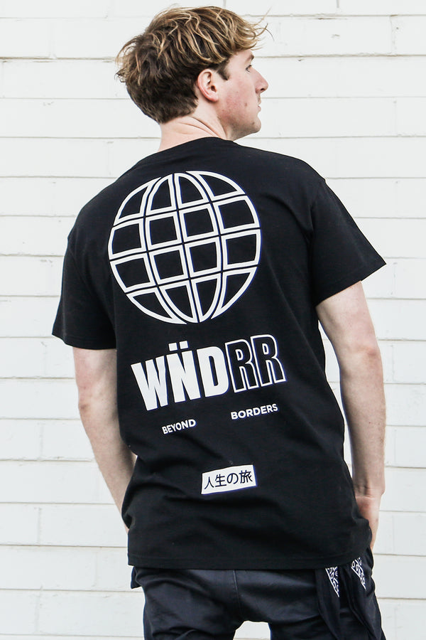 BORDERS CUSTOM FIT TEE - BLACK