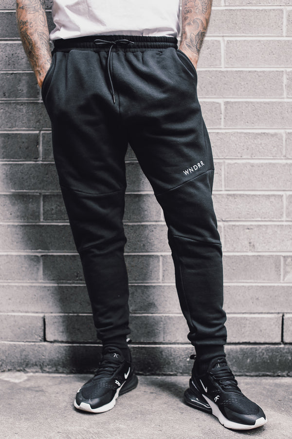 ALCANTARA TECH TRACKPANT - BLACK