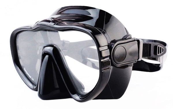 Kraken Aquatics dive mask