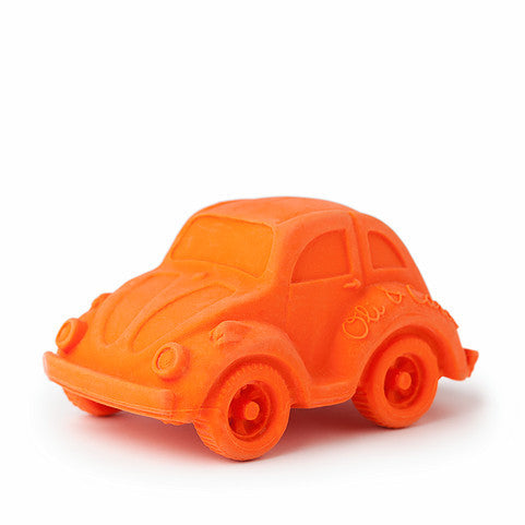 oli and carol retro rubber beetle car baby bath and teething toy in orange