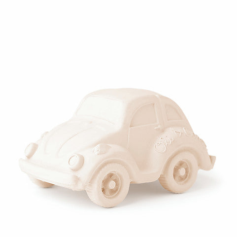 oli and carol retro rubber beetle car baby bath and teething toy in white