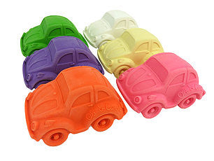 oli and carol retro rubber beetle cars baby bath and teething toy