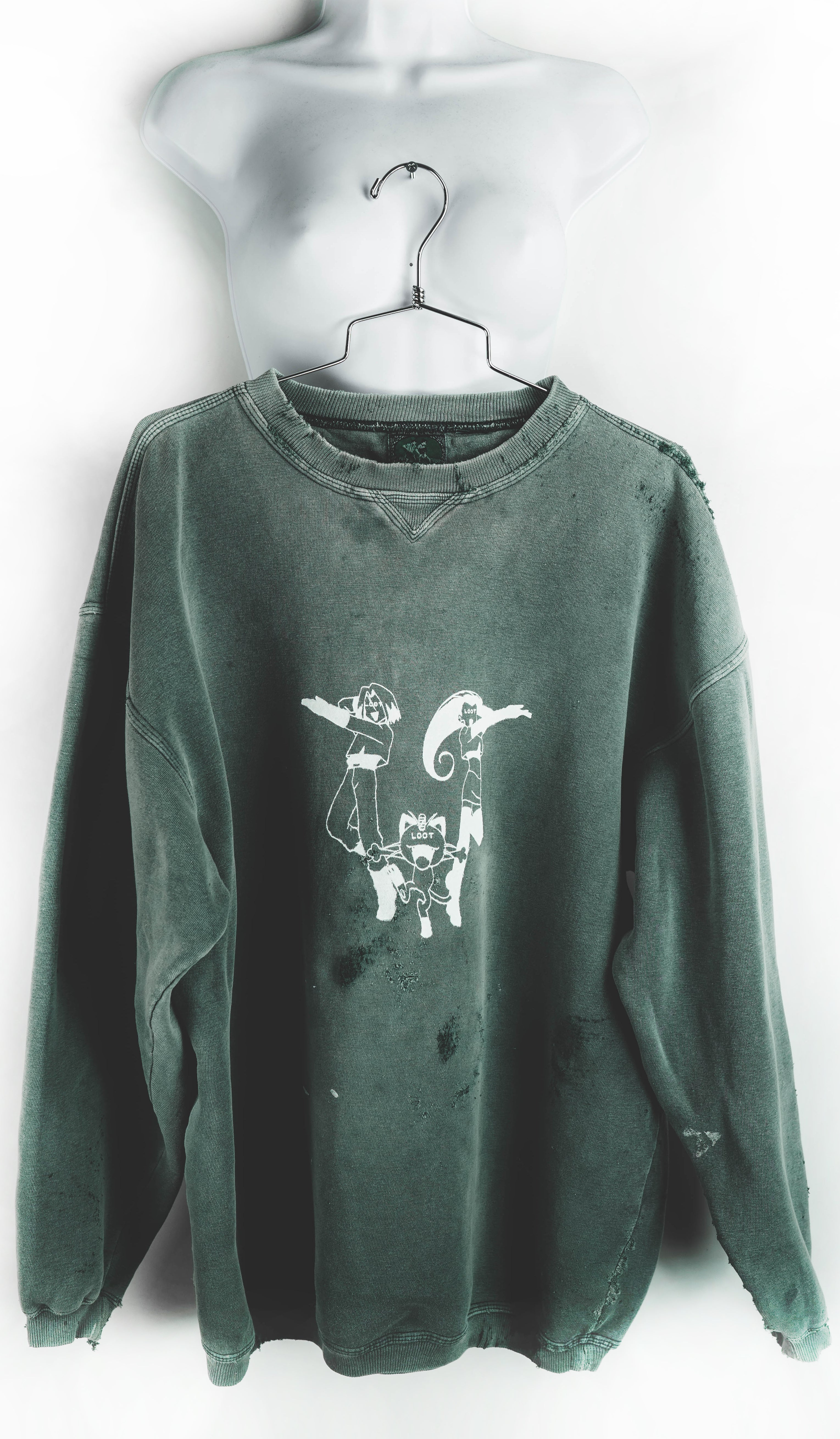 Forgotten Pieces Sweatshirt - XL