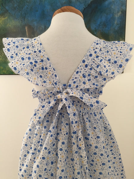 Flutter Sleeve in Blue and White