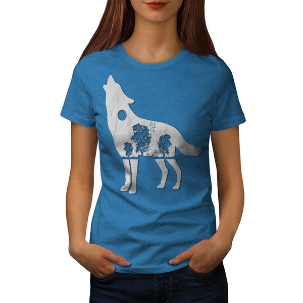 Howling Wolf Figure Womens T-Shirt