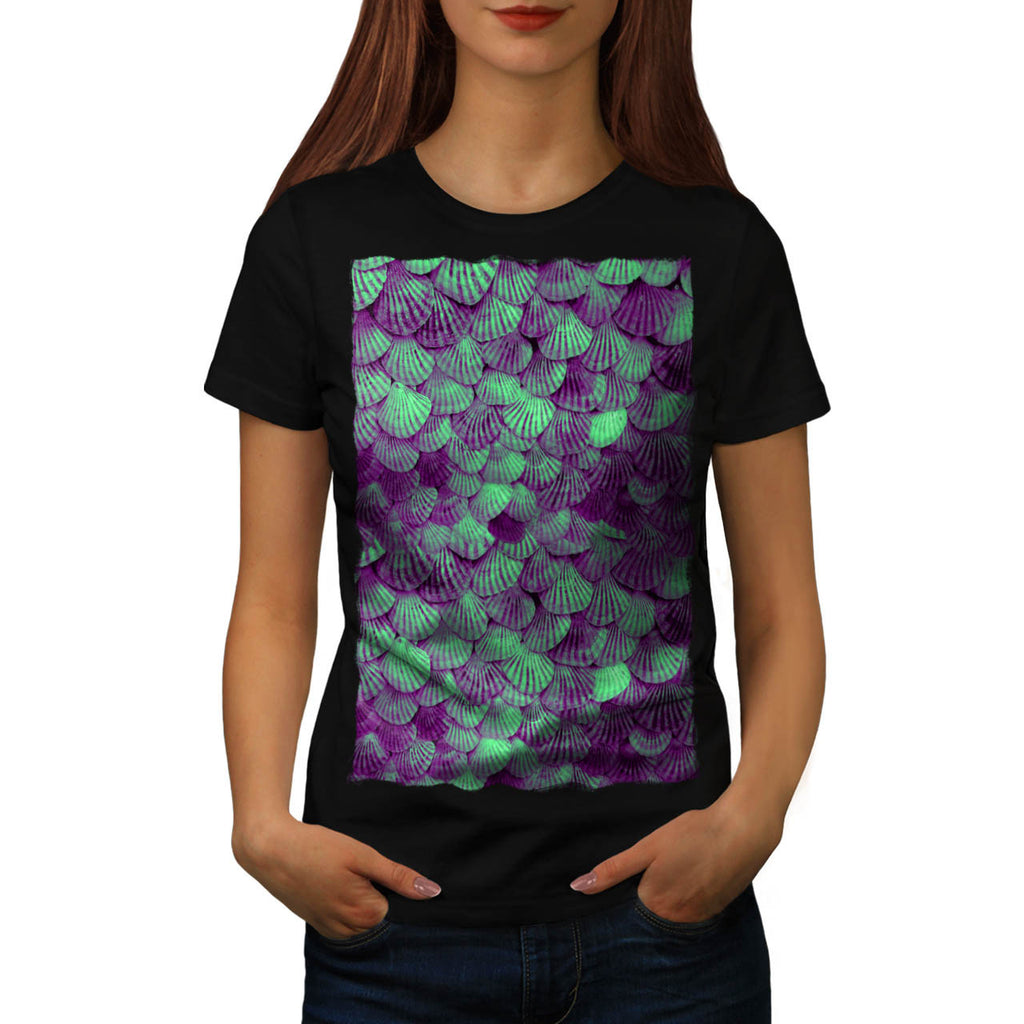 Green Shell Pattern Womens T-Shirt