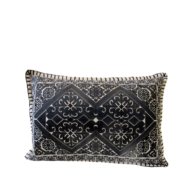 TRIBAL EMBROIDERY CUSHION 50X70 CM