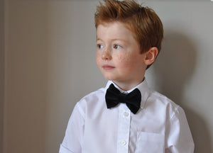 Boys Black velvet bow tie, boys bow tie, mens bow tie, bow ties made to order, pageboy bow tie, groom bowtie - Mr Darcy