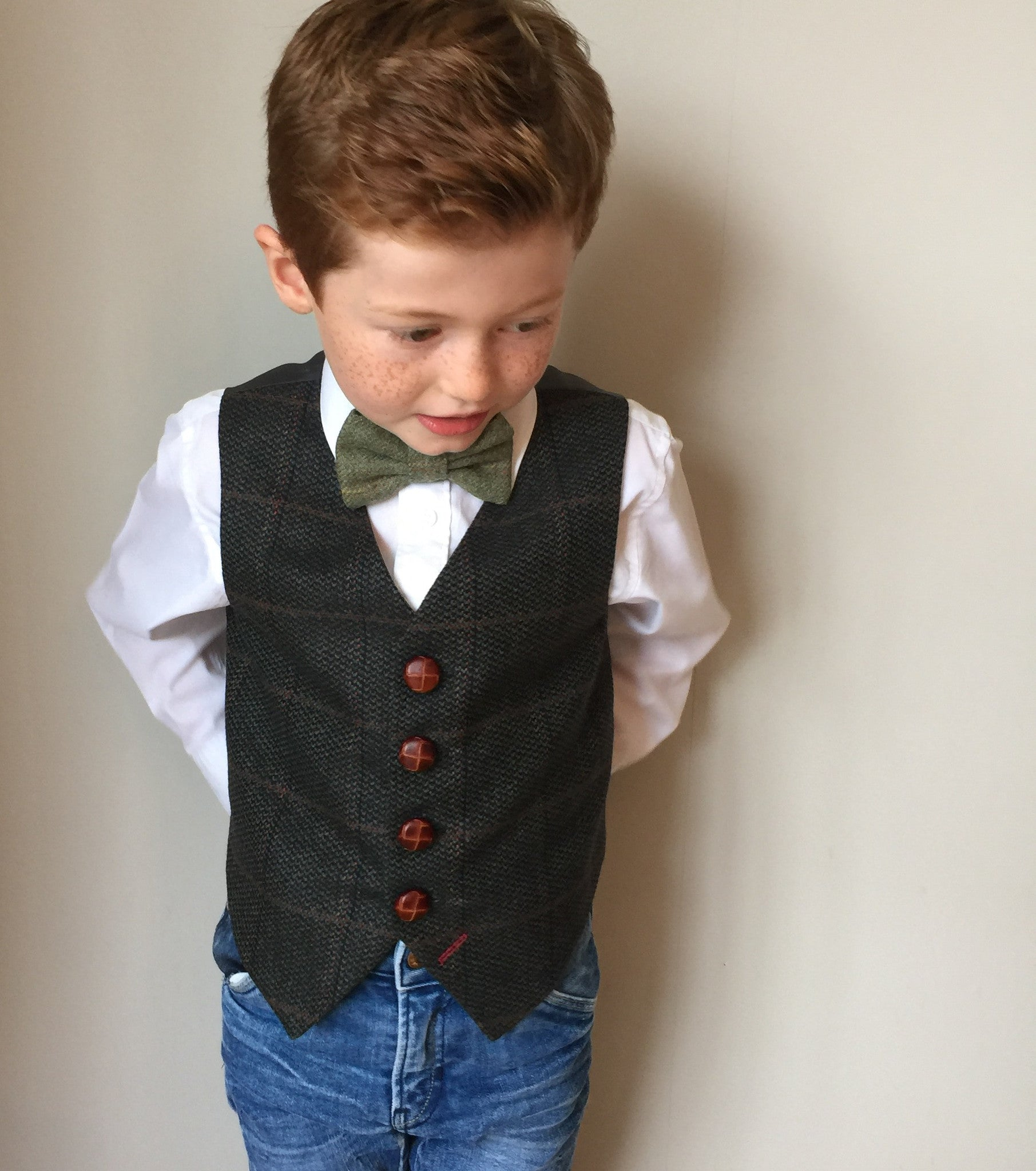 sample 'Copperfield' 5-6 years Boys waistcoat handmade in a wool check