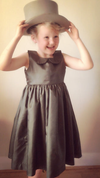 Girls dress handmade in deep green with peter pan collar  'Audrey'
