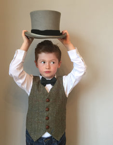 Boys waistcoat, Harris Tweed waistcoat, pageboy outfit, boys clothing, green and brown waistcoat - Green Gables