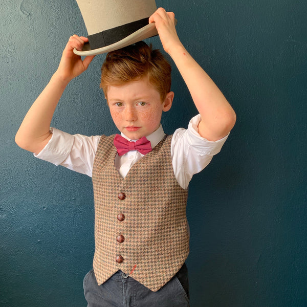 Boys waistcoat, British Tweed waistcoat, pageboy outfit, boys clothing, light brown houndstooth waistcoat - cecil