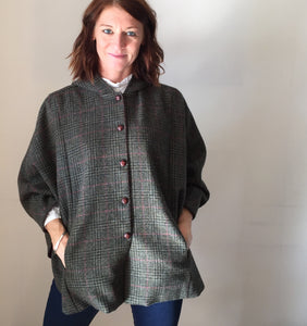 Ladies cape, girls Tweed cape, girl fashion, ladies coat, equestrian cape, green british tweed cape - Iris