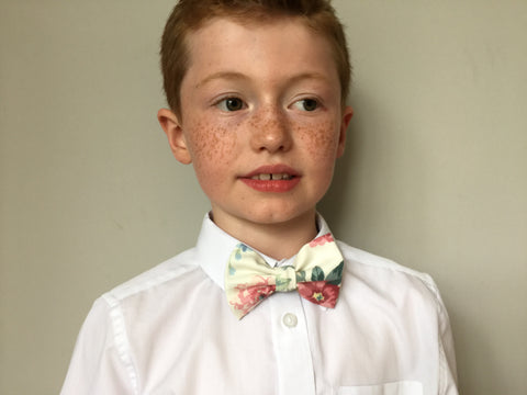 Boys floral bow tie, boys bow tie, mens bow tie, bow ties made to order, pageboy bow tie, groom bowtie - keats