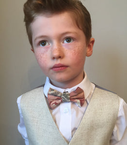 Boys floral bow tie, boys bow tie, mens bow tie, bow ties made to order, pageboy bow tie, groom bowtie - Jacob