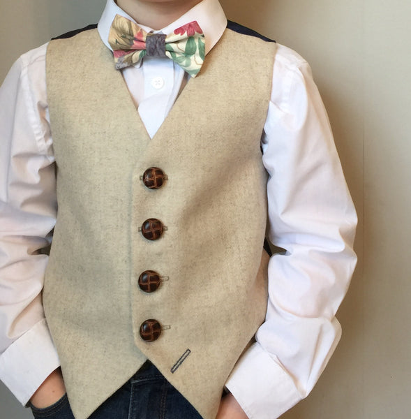 Sample 'Sebastian Wilder' 6-7 years Boys waistcoat handmade in a opulent beige wool