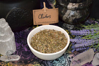 clivers cleavers - dried herb