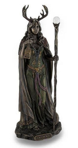 Elen of the ways ~ bronze statue
