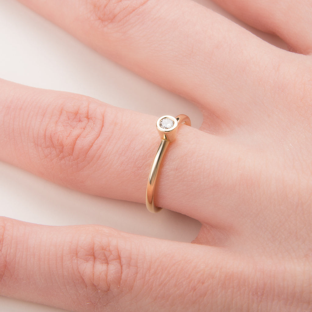 Promise Ring Yellow Gold and Diamond – Avita Jewellery