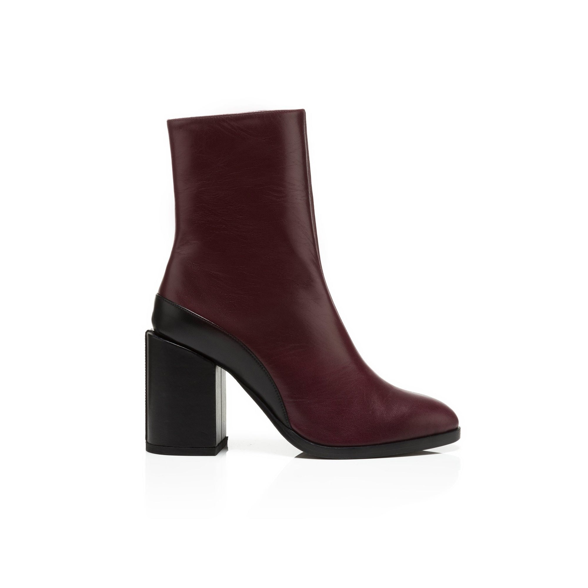 9a49befa762262 Leather block heel ankle boots