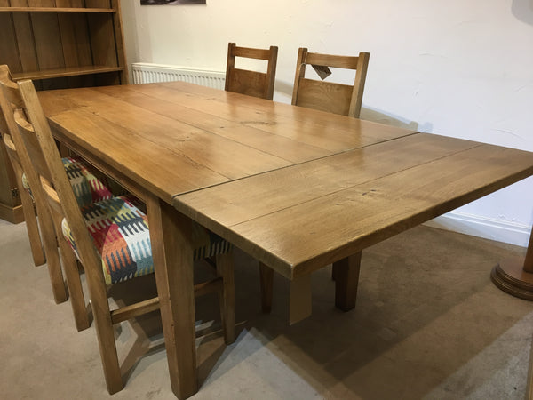 Ex-Display County Dining Table - Extending