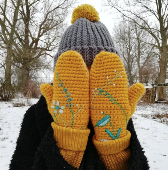 Embroidered Mittens - Adult