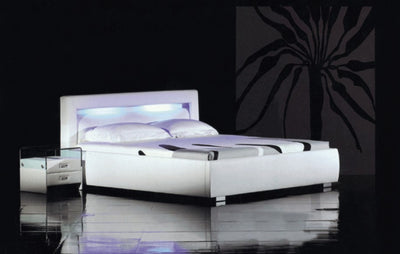 Chinook Leather Platform Bed