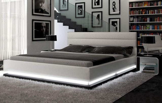 buy popular b0a03 97898 Colby Leather Platform Bed