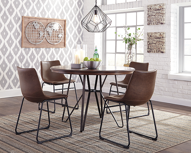 https://ashleyfurniture.scene7.com/is/image/AshleyFurniture/D372-15-10x8-CROP