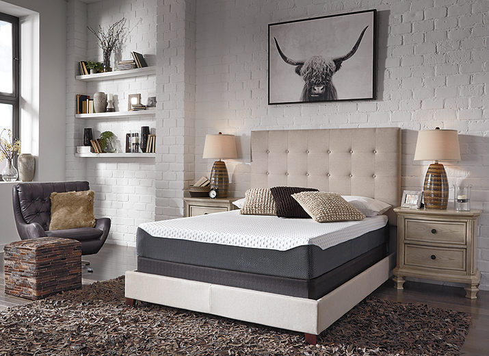 10 Inch Chime Elite California King Memory Foam Mattress in a box (M673-I)