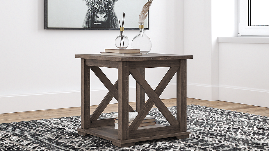 Arlenbry End Table (T275-2-I) (T275-2)
