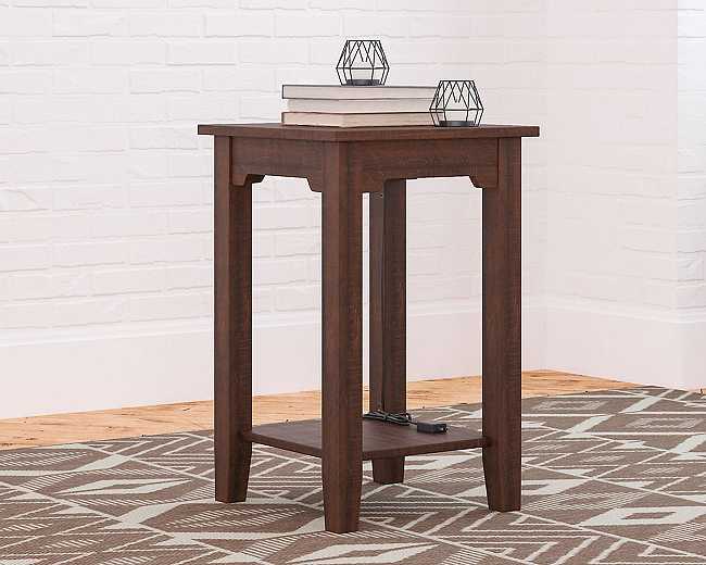 Camiburg Chairside End Table (T283-7-I) (T283-7)