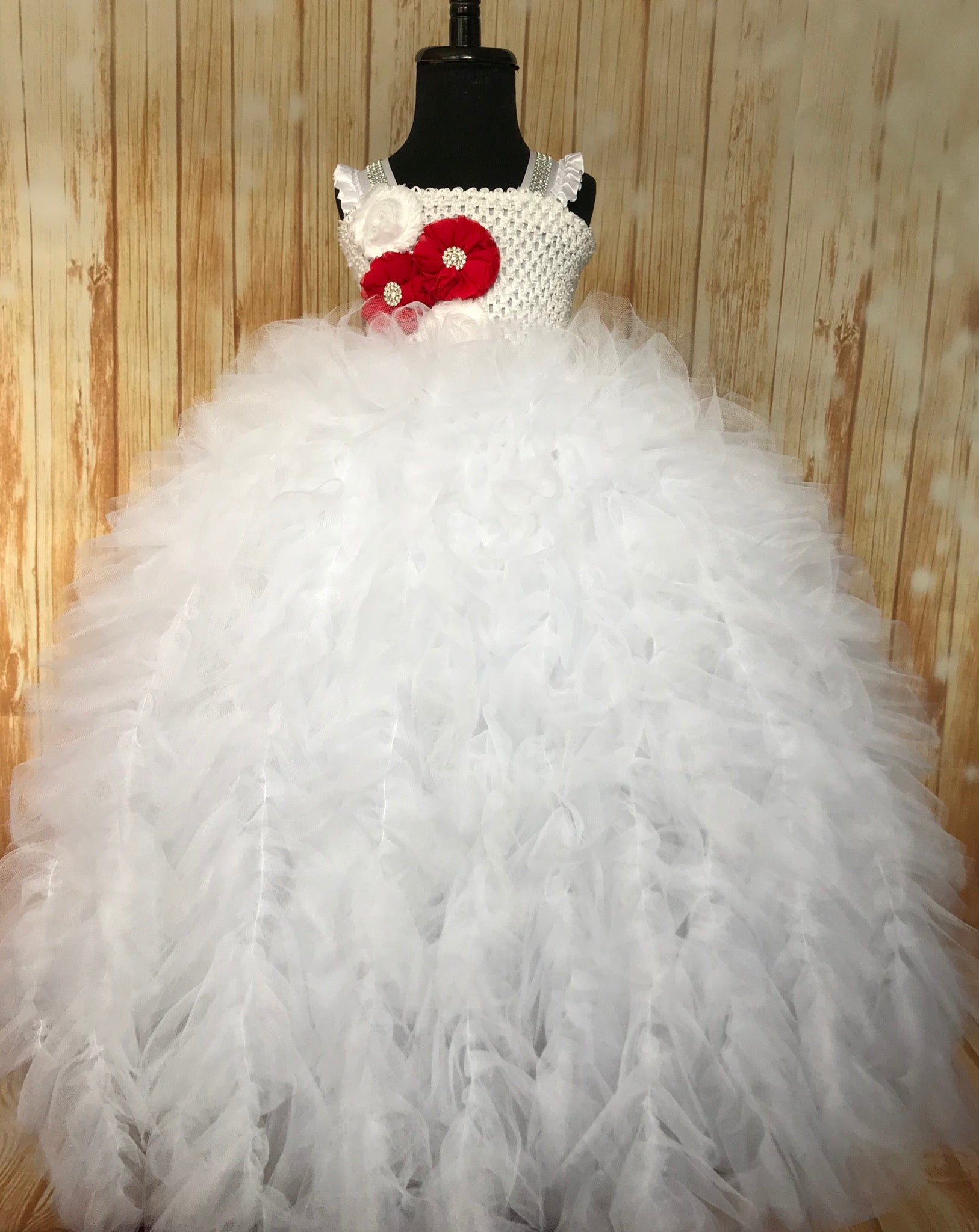 White Tutu, White Tutu Dress, Girls White Gown, White Wedding, White Flower Girl Tutu, White Pageant Tutu, White Ruffle Tutu Dress, White Party Tutu - Little Ladybug Tutus