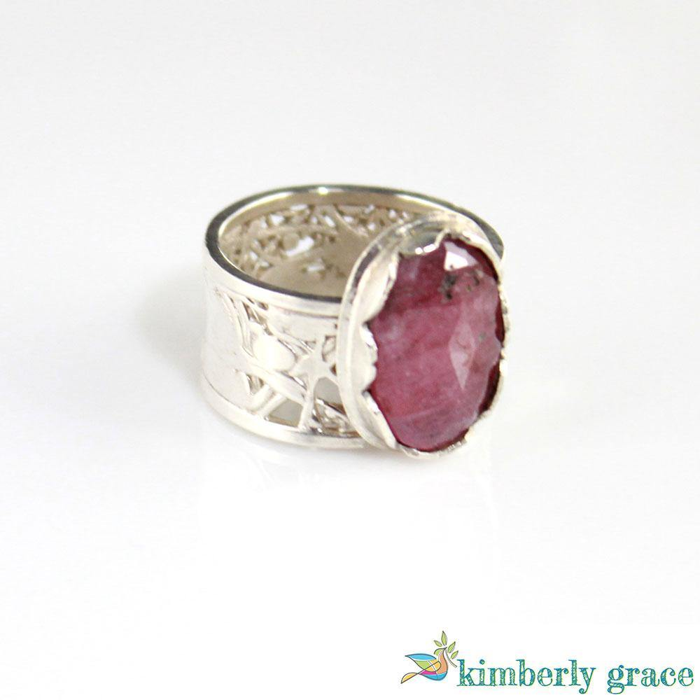 Ring Rose Pink Sapphire and Sterling - Rembrandtz
