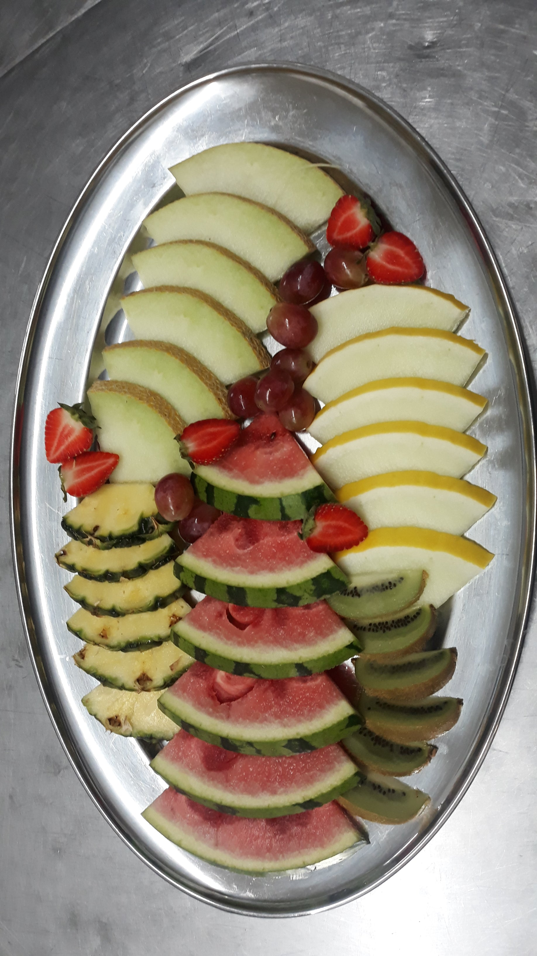 7 - Regular, classic sandwiches, wraps, savouries and fruit platter