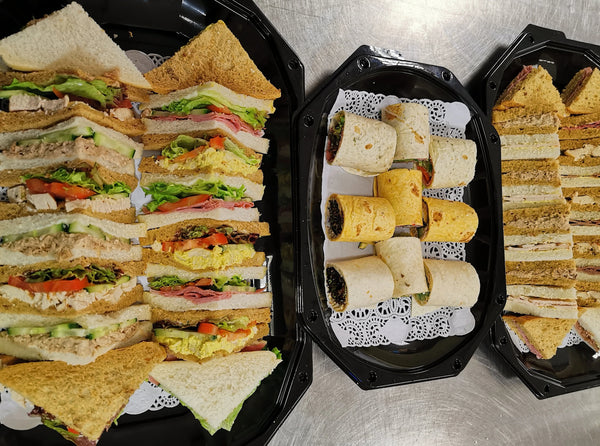 3 - Regular and classic sadwiches, wraps and cake.