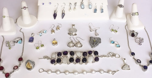 Birthstone and Anniversary Jewelry