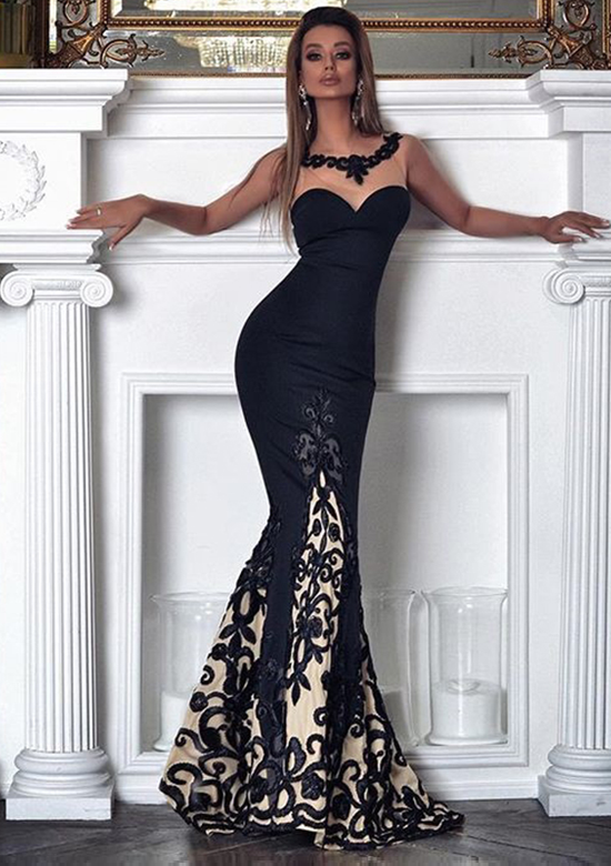 Tres Elegant Evening Gown