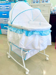 Bassinet & Cradle