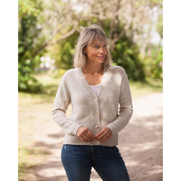 The NEW Super soft Cashmere Stretch Cardigan - Kitted in Cashmere