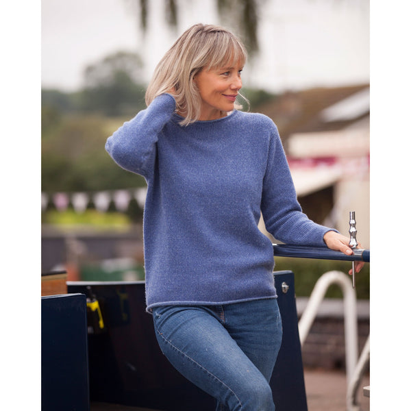 The Colour Twist Pure Cashmere Crew Neck - Kitted in Cashmere