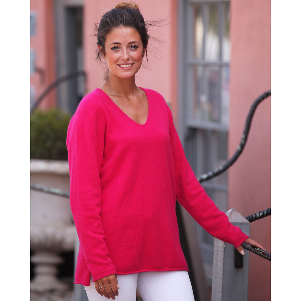 The Cashmere Sweatshirt Vee - Kitted in Cashmere