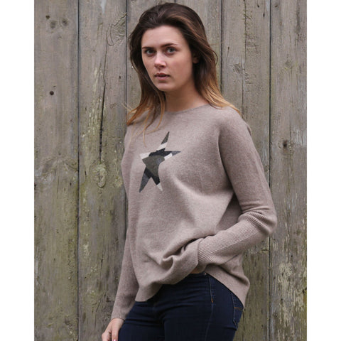 The Big Camouflage Star Easy Crew - Kitted in Cashmere