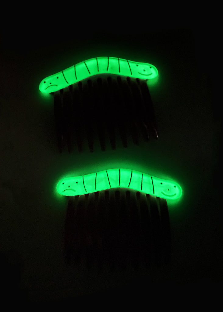 glow worm hair comb