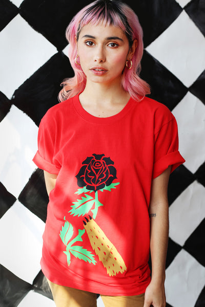 puppy love tee in scarlet