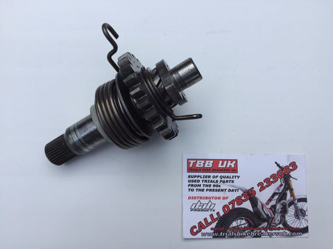 YAMAHA TYZ250 SCORPA SY250 KICK START SHAFT ASSEMBLY