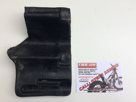 BETA EVO 80 BIG WHEEL SUMP BASH PLATE RUBBER