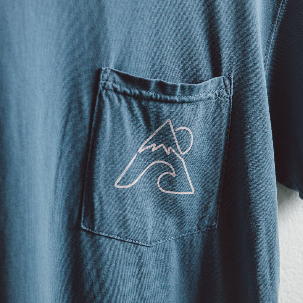 Surf Mountain | Blue Pocket T